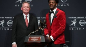 Louisville Cardinals QB Lamar Jackson Wins the 2016 Heisman Trophy
